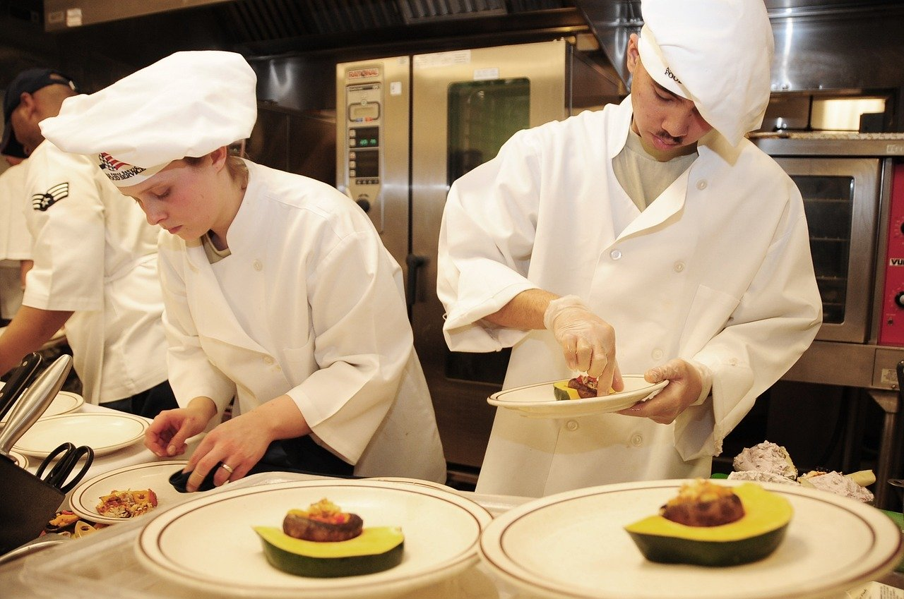 Top five skills of commercial chefs